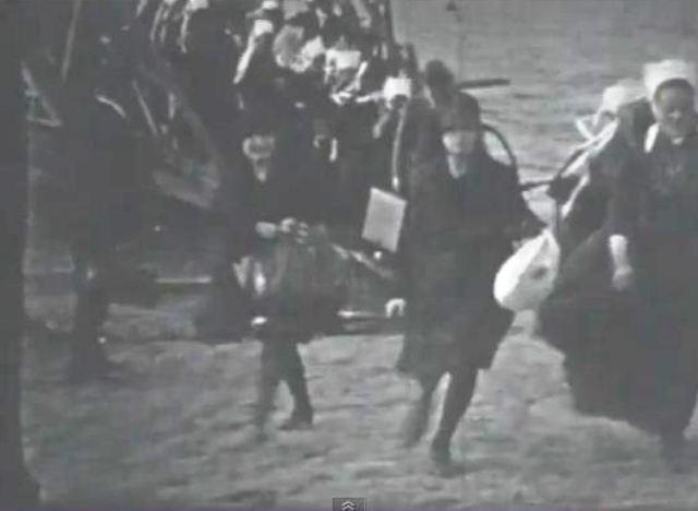 Film de 1923 du débarcadère du du bac entre Brest et Plougastel-Daoulas dans *** BATEAUX Capt_120226_123048_001