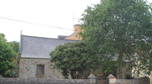 Plougastel Le passage Chapelle Saint Langui (2)